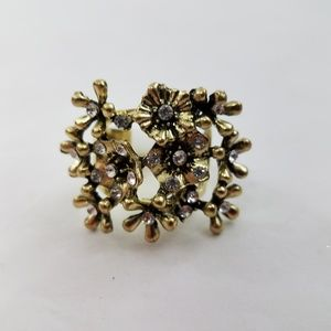 Floral Cocktail Ring Size 8 Gold Tone Big Statemen